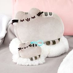 ← Shop Link in Bio ←⠀  Get ready to snuggle up with these exclusive new #Pusheen plushies only available at @clairesstores!