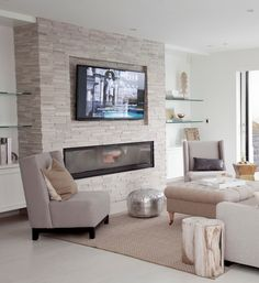 Good Pics linear Fireplace Ideas Popular Whether your home is in Aspen or California, there's no denying the comforting effect of a cozy fi Living Room Decor Fireplace, Family Room Fireplace, Fireplace Built Ins, Home Fireplace, Living Room Tv, Living Room Remodel, Fireplace Design, Living Room Interior, Home And Living