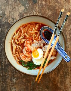 Penang Hokkien Mee/Har Mee (Prawn Noodles) Pork Belly Strips, Crispy Shallots, Rice Vermicelli, Malaysian Food, Just Cooking, Easy Food To Make, Noodle Recipes, Prawn