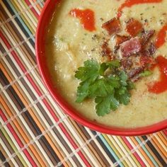 BLC Soup: Creamy Bacon, Leek & Cauliflower. Perfect for #Whole30. #Dairyfree and delish. #paleo