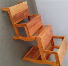 Folding Wooden Stool, Folding Picnic Table Plans, Diy Pallet Projects, Wood Projects, Ladder Chair, Wooden Dining Chairs, Indoor Outdoor Furniture, Teak Furniture, Furniture Design