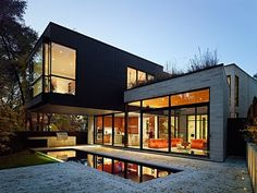 Cedarvale Ravine House by Drew Mandel Architects #modernhomes #home #homes #house #houses #cincinnati #ohio #dreamhome #dreamhomes #dreamhouse #dreamhouses #incredible #architecture #architect #realestate #luxury #living #exterior #interior