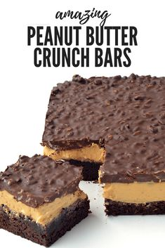 Peanut Butter Chocolate Brownie Crunch Bars are AMAZING! Fudgy chocolate brownies topped with creamy peanut butter and a crunchy chocolate topping! Dairy Free Chocolate Cake, Chocolate Peanut Butter Brownies, Peanut Butter Desserts, Chocolate Topping, Hot Chocolate, Chocolate Crunch, Chocolate Sweets, Chocolate Ganache, Dessert Dips
