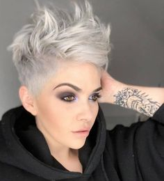 Edgy Pixie Haircuts, Latest Short Hairstyles, Short Hairstyles For Thick Hair, Very Short Hair, Haircut For Thick Hair, Haircuts For Fine Hair, Trendy Hairstyles, Short Hair Styles, Punk Pixie Haircut