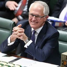 Australia has (another) new Prime Minister - Malcolm Turnbull was sworn in today as our 29th Prime Minister. And on his wrist? An Apple Watch on a milenese bracelet. An appropriate choice for the man who made his name/fortune in the dotcom boom. ️