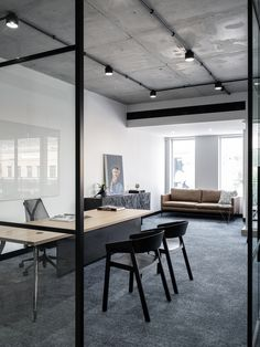 Interior Design - Zavie Creative, Builder - Alliance Project Services, Photograhy -Tom Ferguson  #zaviecreative #interiordesign #commercialdesign #officedesign #workplacedesign #privateofficedesign #glasspartition #functionalspaces