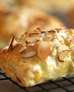 Don't let the size of these turnovers fool you!  via @https://www.pinterest.com/kincommunity/