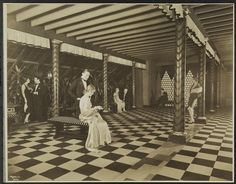 Museum of the City of New York - 1929 Hotel Astor, North Lounge, Roof Restaurant. Throne Of Grace, Rooftop Lounge, Most Luxurious Hotels, New York Hotels, Great Hotel, Historical Romance, Vintage Photos, New York City, Nyc