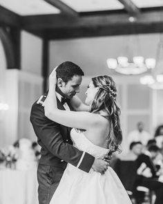 Anslee & Justin Photo By Penni Lauren Photography Vineyard Wedding Venues, Justin Photos, Got Married, Bridal Dresses, Stylists, Hair Beauty, Romantic, Couple Photos, Photography
