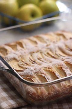 mutfakta Feyza var: Elmalı Kolay Kek