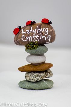 Ladybug Crossing Rock Sign Fairy Garden Sign by IrmasCraftShop - Fairy furniture, accessories, plants, etc - Garden Style - Fairy Crafts, Garden Crafts, Garden Ideas Diy, Diy Ideas, Diy Garden Decor, Fairy Village, Gnome Village, Fairy Tree, Fairy Garden Houses