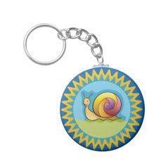 Lindo caracol multicolor. Regalos, Gifts. #llavero #KeyChain