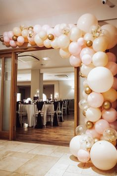 Wonderful wedding ideas for a Hampshire country wedding  #wedding #ideas #outdoor #rustic #outdoor #unique #country #jewelry #bride #accessories #bracelet #pearl 18th Birthday Party Themes, 21st Birthday Decorations, Wedding Balloon Decorations, Birthday Party Snacks, Adult Birthday Party, Wedding Balloons, Gold Birthday, Birthday Dinners, Birthday Balloons