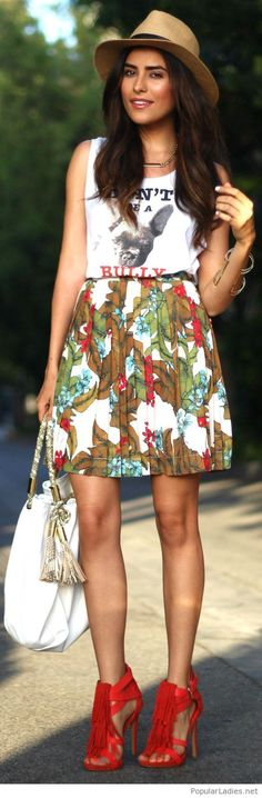 Printed top, skirt, white bag and coral shoes