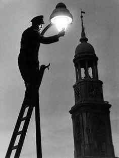 Germin, Leuchtenkontrolle, 1950
