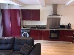 affordable port ettous commerces navettes pied appartement t compos duun grand sjour et cuisine. Black Bedroom Furniture Sets. Home Design Ideas