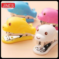 2pcs Lovely Cartoon Dolphins Design Mini Stapler Stationery portable primary school students gift Office Binding Supplies