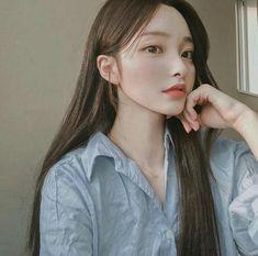 Ulzzang Girl Selca, Ulzzang Hair, Mode Ulzzang, Ulzzang Korean Girl, Pretty Korean Girls, Korean Beauty Girls, Cute Korean Girl, Beautiful Asian Girls, Asian Beauty