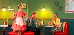 Les néerlandais de Frame Order ont dévoilé Golden Oldies, un savoureux court-métrage sur la danse et la vieillesse, le tout en stop-motion ! Si vous aimez la danse et les années 50 alors vous allez tomber amoureux de Golden Oldies, le dernier court-métrage du studio néerlandaisFrame Order. Dans cette petite histoire, deux adolescents tentent de …