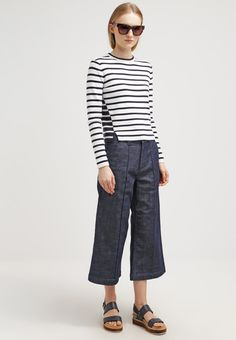 Whistles LUCIE - Bootcut jeans - denim for £110.00 (29/12/15) with free delivery at Zalando