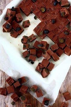 Suklaapossu: Ihana mokka-suklaafudge lakritsilla