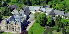 England in Arnsberg: Das Schloss Herdringen wurde im Tudor-Stil erbaut.