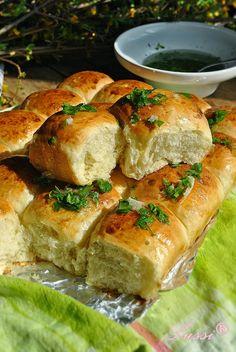 Душички - супер меки питки с чеснова заливка / Softies - Super soft bread with garlic sauce
