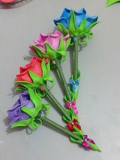 Herthal art's:  canetas decoradas com rosas de e.v.a, Herthal art...