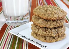 Maple Cinnamon Oatmeal Cookies.  Soft and chewy, just how I like 'em.