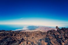 Experiences on Mount Teide – stars, hiking trails and Martian landscapes The Martian, World Heritage Sites, Hiking Trails, Grand Canyon, Places To Go, Landscapes, Spain, Travel, Paisajes