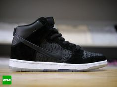 chronicles 2 nike sb