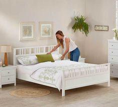 Hayman White Queen Bed