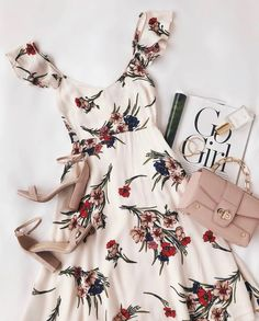 Take a Bow-quet Blush Floral Print Midi Dress - Sommer Mode Ideen Mode Outfits, Dress Outfits, Casual Dresses, Casual Outfits, Dress Up, Fashion Outfits, Summer Dresses, Nude Dress, Formal Outfits
