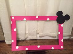 Only do red instead of pink. Minnie Mouse photo booth frame