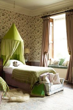 Living with littles? Stylish kids' bedroom ideas to inspire. This pretty roo… Living with littles? Stylish kids' bedroom ideas to inspire. This pretty room interior designer Edward Bulmer designed for his daughter with… Dream Bedroom, Girls Bedroom, Teen Bedrooms, Childrens Bedroom, Baby Room Decor, Bedroom Decor, Bedroom Ideas, Nursery Ideas, Room Interior