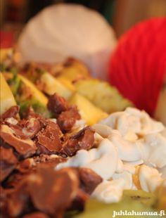 Kuorrutetut cashewpähkinät herkkupöytään. #juhlaherkut #sweet
