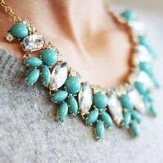 Mint statement necklace ~ ModeMusthaves