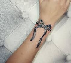 Résultats de recherche d'images pour «tattoo bracelet dentelle»