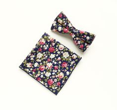Navy blue floral Pre-tied bow tie navy blue floral pocket square wedding bow tie gift for men groomsmen UK by TheStyleHubTrends on Etsy