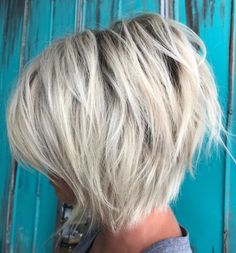 70 Cute and Easy-To-Style Short Layered Hairstyles Choppy Platinum Bob Inverted Bob Hairstyles, Short Hairstyles For Thick Hair, Short Layered Haircuts, Haircut For Thick Hair, Short Hair Cuts, Short Hair Styles, Layered Hairstyles, Wedding Hairstyles, Pixie Haircuts