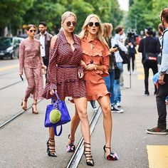 Fendistas @carolinevreeland @peaceloveshea #mariovillanuevastyle #ootd #vogue #fashion #mode #moda #streetstyle #mfw