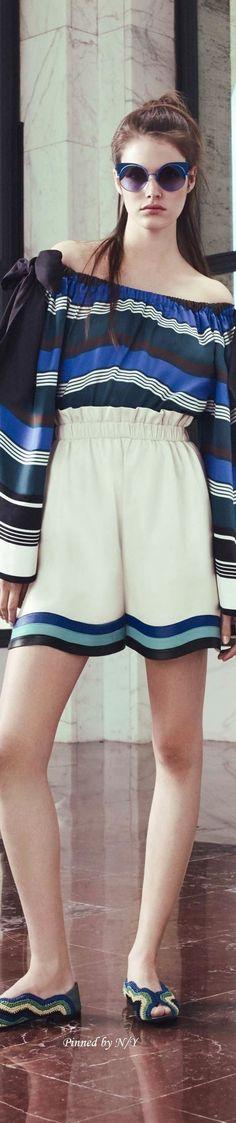 Shorts do Verão 2017   Confira looks, dicas para customizar e tendêcias mais bombadas