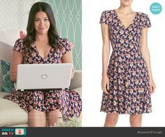Jane's navy floral v-neck dress on Jane the Virgin.  Outfit Details: https://wornontv.net/56995/ #JanetheVirgin  Buy it at Nordstrom: http://wornon.tv/35575