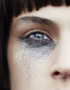 Glitter by Jeanne Bouchard for Rachell Smith for Wylde Mag - EyeShadowLipstick.Com #GlitterFace