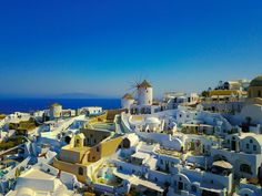 A look at some of the best Santorini excursions, including volcano boat tours, catamaran caldera cruises, and even Santorini helicopter tours!