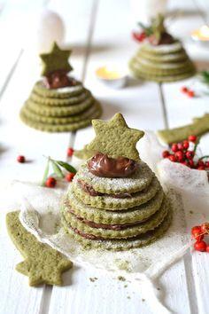 Christmas Recipes For Kids, Vegan Christmas, Christmas Candy, Christmas Desserts, Christmas Baking, Christmas Time, Apple Tea Cake, Cinnamon Tea Cake, Desserts With Biscuits