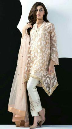 Pakistani fashion designer Sania Maskatiya has freshly launched Eid-ul-Adha Collection Eid Dresses, Indian Dresses, Fashion Dresses, Pakistani Outfits, Indian Outfits, Ethnic Fashion, Asian Fashion, Indian Fashion 2017, Pakistan Fashion