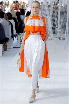 Delpozo Spring 2017 Ready-to-Wear Fashion Show Collection: See the complete Delpozo Spring 2017 Ready-to-Wear collection. Look 21 Fashion 2017, Couture Fashion, Runway Fashion, High Fashion, Fashion Show, Fashion Looks, Fashion Outfits, Womens Fashion, Fashion Trends