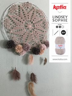 I'm Lindsey Sophie and I love Ibiza style and boho vibes; for this reason I am sharing a boho crochet dreamcatcher pattern with you. Crochet Dreamcatcher Pattern, Mandala Au Crochet, Filet Crochet, Crochet Doilies, Basic Crochet Stitches, Crochet Basics, Crochet For Beginners, Crochet Patterns, Dream Catcher Mandala