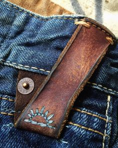 nice addition for that dull jeans, I have leather for this. I would add a red stitch, of course :)